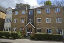 2 bedroom Flat in Sevenoaks Close, Sutton...