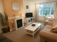 2 bed Flat to rent in Cheviot Close, Banstead...