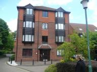 Flat to rent in Clowser Close, Sutton...