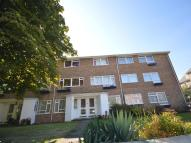 Flat to rent in Mulgrave Road, Sutton...