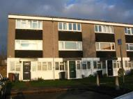 Flat to rent in Wheatfield Way...