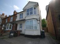 Flat to rent in Baddow Road, Chelmsford...