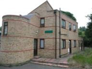 Riverbank Court Flat to rent