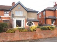 4 bed semi detached home in Kingsland Avenue...