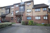 1 bed Flat to rent in Lister Court Pasteur...
