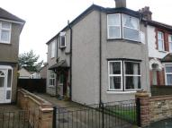 4 bedroom semi detached house to rent in Euston Avenue, Watford...