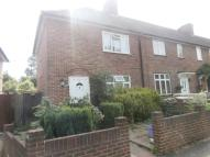 3 bed property in Canterbury Road, Morden...