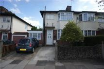 4 bed semi detached home in Federation Road...
