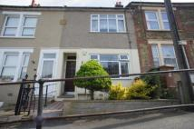 Flat for sale in Clive Road...