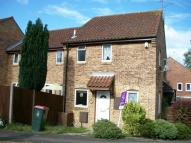 1 bed Terraced home to rent in Ramblers Way, Broadfield...