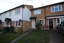2 bed property in Heathfield, Pound Hill