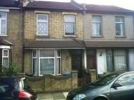 3 bed Terraced house in Rays Avenue, Edmonton