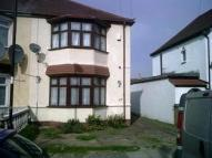 3 bed semi detached property to rent in Amersham Avenue, Edmonton