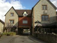 2 bedroom Flat to rent in The Borough Mall,...