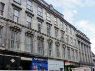 2 bed Flat in Queen Street...