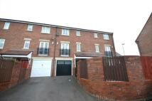 4 bedroom Terraced property to rent in Birtley