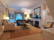 3 bedroom Flat to rent in Warren Lodge Warren Road...