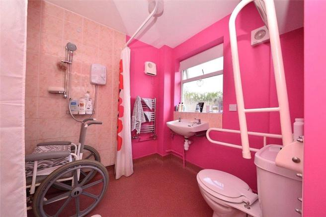 13 Wet Room