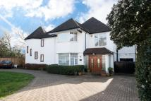 Detached home in Wayside, London, NW11