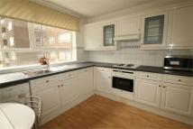 Apartment to rent in High Mount, Station Road...