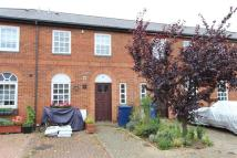 3 bed home in Elsinore Gardens, NW2