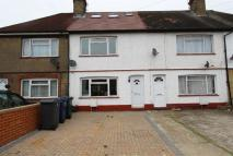 4 bedroom house in Goldsmith Avenue, NW9