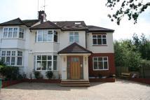 Monkville Avenue semi detached house to rent