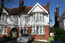 5 bed house in Arden Road, N3