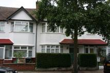 4 bedroom Terraced home to rent in Nant Road, NW2