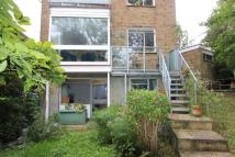 3 bed Apartment to rent in The Vale, NW11
