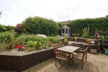 3 bed house in Delph Bank, Walton...