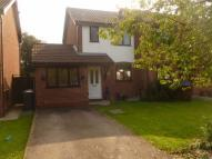3 bedroom semi detached house in Gatcombe Grove...