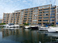 2 bed Apartment in Oyster Quay, Port Solent