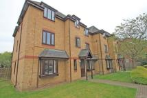 Ground Flat to rent in Lymington Court...