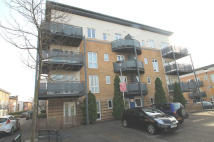 2 bed Flat to rent in LINDEN AVENUE, Watford...