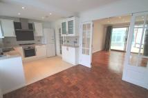 4 bed semi detached house to rent in ON THE HILL, Watford...