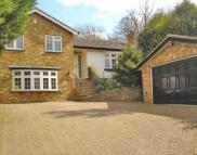 5 bedroom Detached home for sale in Hempstead Road, Watford...