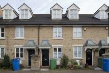 3 bedroom house in Banfield Road, SE15