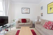 Flat to rent in Heber Road, SE22