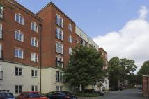2 bed Flat in Gloucester Court...