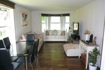 2 bed Flat to rent in Hayes Grove...