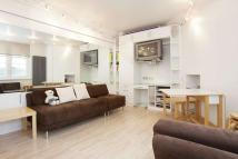 Flat to rent in St James Street, SW1A