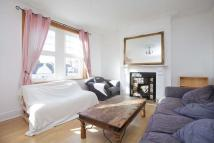 2 bedroom Flat to rent in Fulham Palace Road, SW6