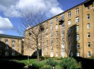 1 bed Flat in Park East...