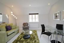 Maisonette to rent in Ashford Close, Woodstock