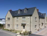 2 bed Apartment to rent in Sansoms Court, Woodstock