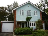 4 bed property in Hawkswell Gardens...