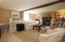 6 bed property to rent in Park Road Combe OX29
