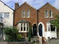 1 bedroom Terraced house to rent in Hurst Street