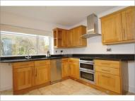 3 bed house in Church St, Upton